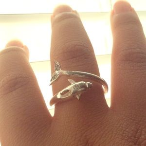 Jewelry - Dolphin ring